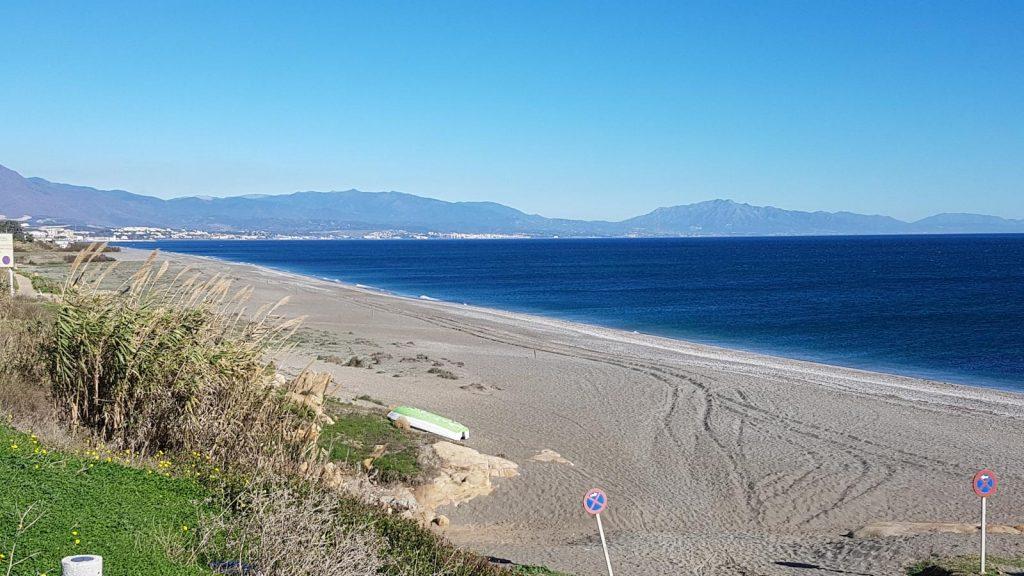 Woningen te Koop Casares Playa